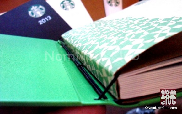 Reusable Planner Cover: Notice the attachments of the paper notebook and the cover in the photo.
