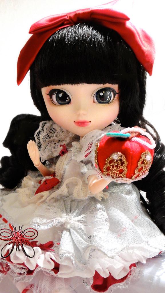 Сет Snow White — май 2012-2013 - Страница 5 8160547226_85892fa262_b