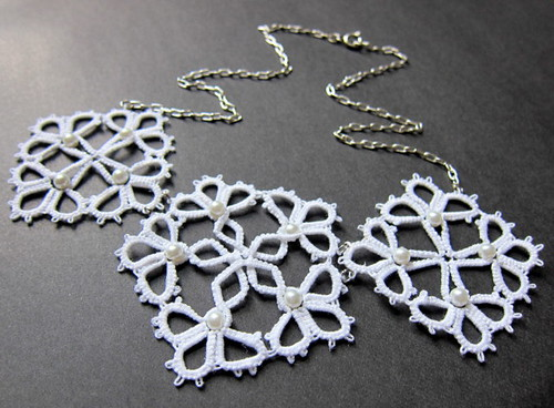 White Pearl Lace Necklace