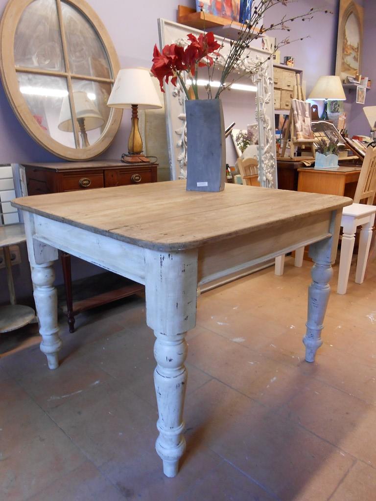 Decapado de mesas flickr photo sharing - Restauracion muebles antiguos ...