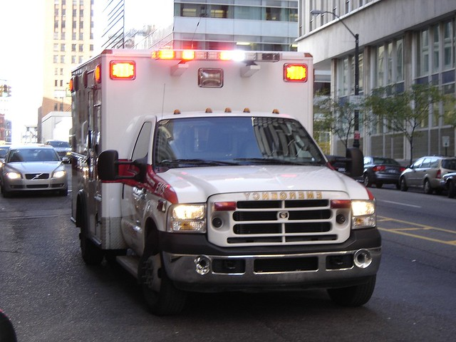 Detroit Ambulance In Action Flickr Photo Sharing