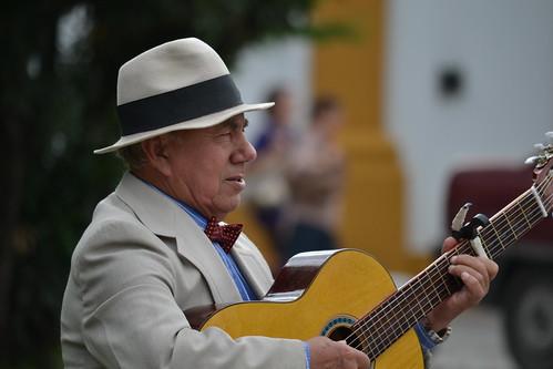 um cantinho, um violão by Fred Matos