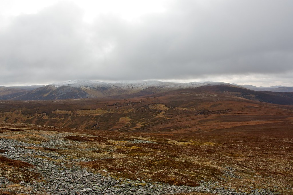 Towards Carn Bhac
