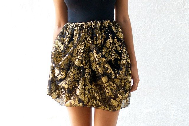 DIY Dolce & Gabbana skirt by a pair and a spare