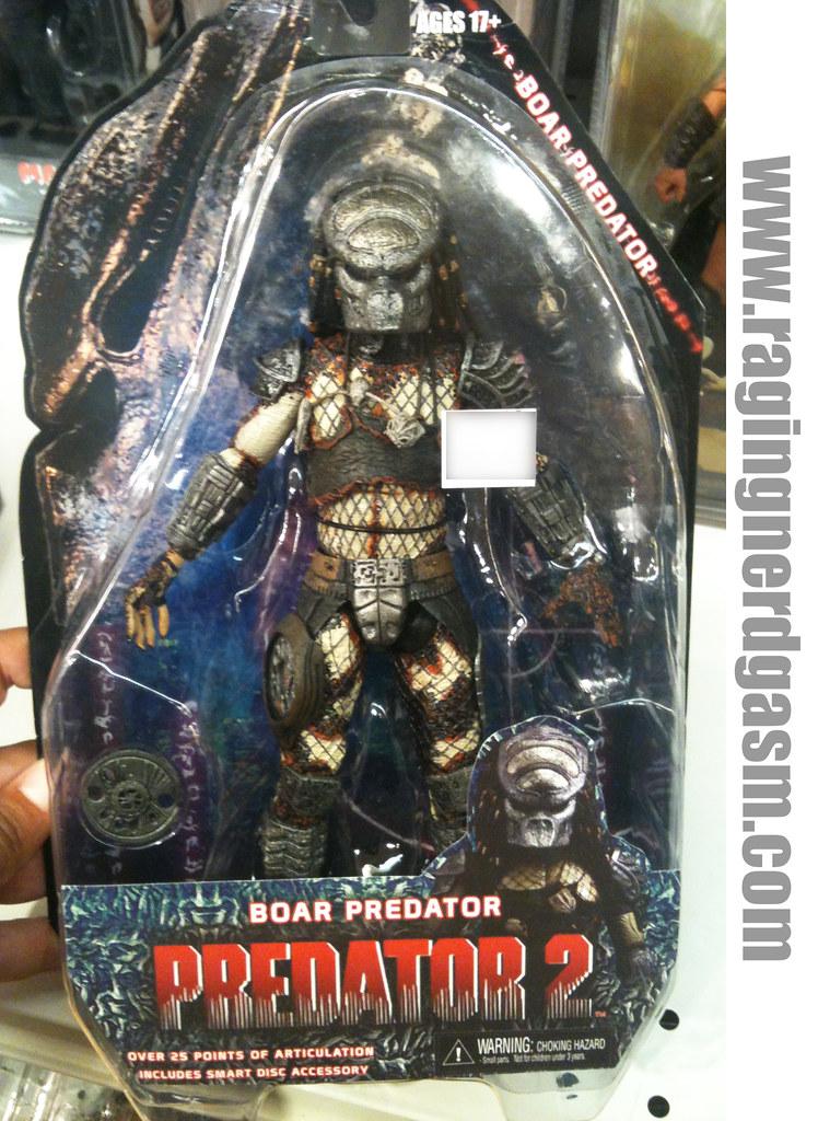 Predator 2Boar Predator by NECA 013