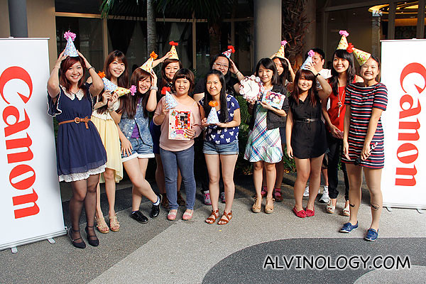 Ai and Joanne with all the bloggers