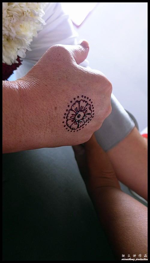 Mehndi - Hand Art : Sentuhan Kasih Deepavali with Petronas @ Kampung Wellington, Manjung, Perak