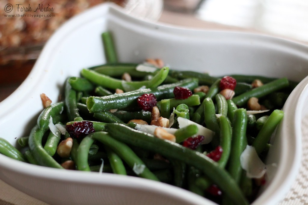 Green Beans with Cranberries and Walnut