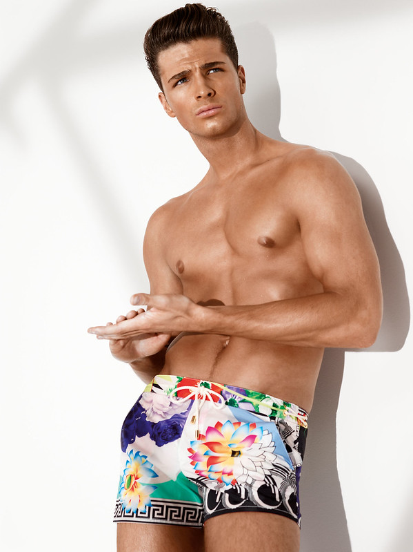 Versace Beachwear SS13 man look 300dpi