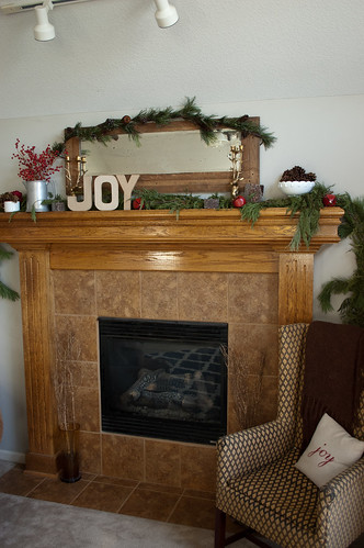 Christmas Mantel 2013