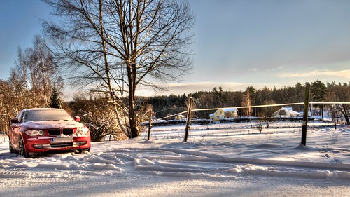 8249645963 85d3dc8c6f d 3 Ways to Keep You and Your Car Safe This Winter