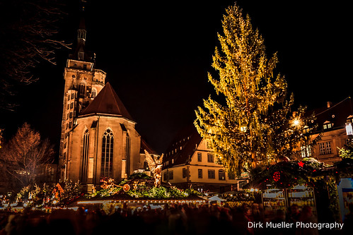Weihnachtsmarkt Stuttgart auf dem Schillerplatz by Dirk Mueller Photography