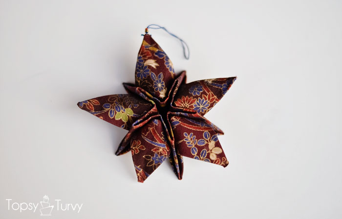 fabric-origami-star-ornament