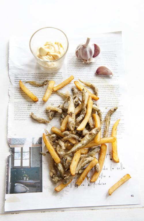 pescioli fritti con maionese all'aglio 02