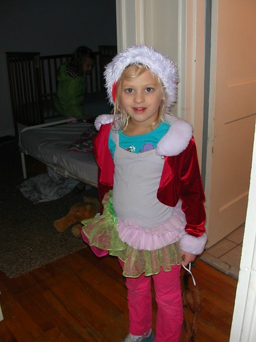 Nov 22 2012 Shanna (3)