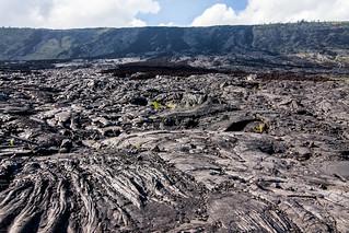 Je kunt mooi zien hoe de lave gestroomd heeft
