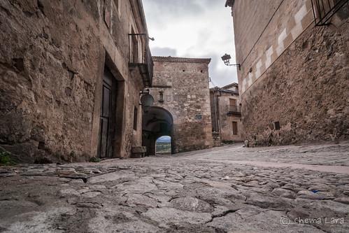 Puerta de La Villa sentido salida a ras de suelo