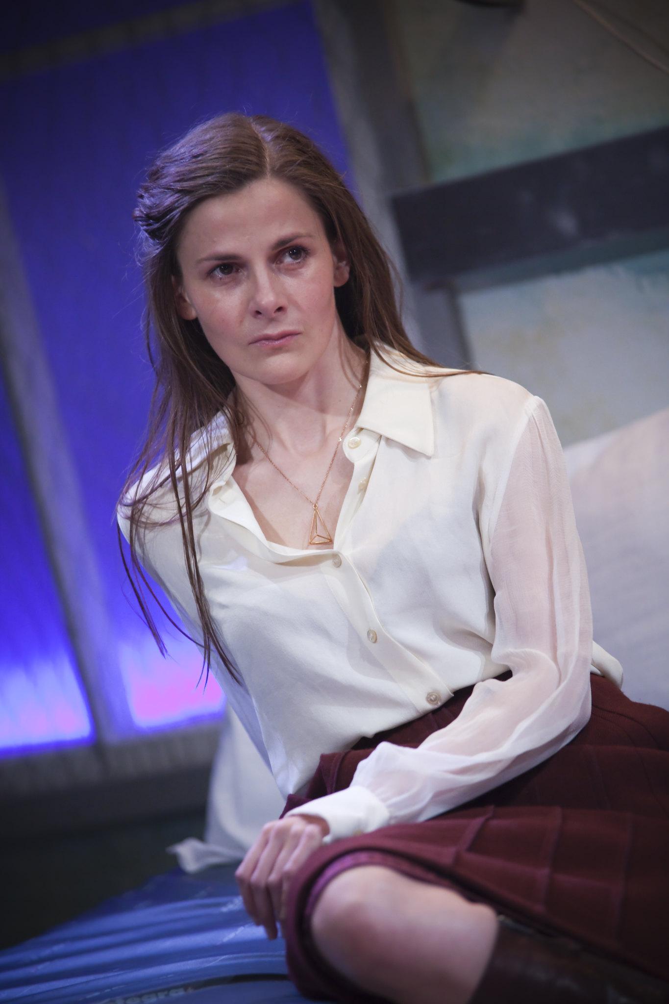 Louise Brealey as Helen in The Trojan Women (Image © Iona Firouzabadi)