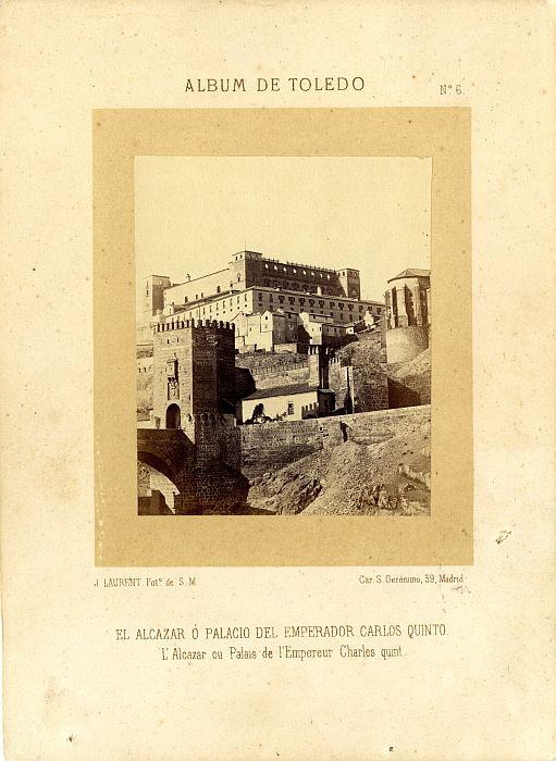Alcázar y Puente de Alcántara hacia 1865. Fotografía de Jean Laurent incluida en un álbum sobre Toledo © Archivo Municipal. Ayuntamiento de Toledo