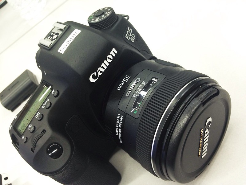 EOS 6D + EF35 F2 IS USM HandsOn