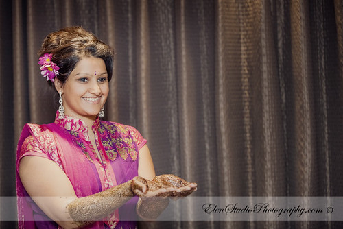 Indian-wedding-photographer-Henna-night-V&A-Elen-Studio-Photograhy-009