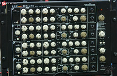 synthesizer(0.0), multimedia(1.0), electronics(1.0), mixing console(1.0), electronic instrument(1.0),
