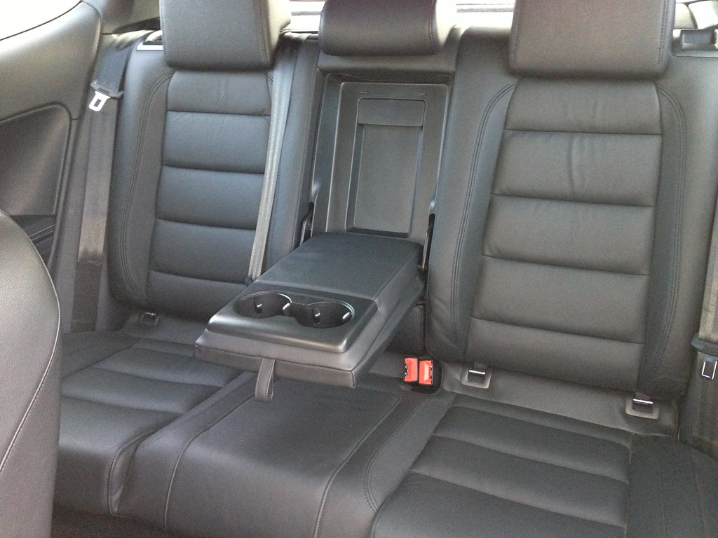 Vwvortex Com Rear Seat Armrest Up Or Down