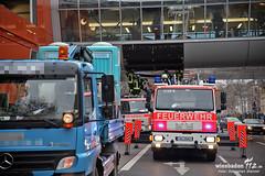 Lkw beschädigt Brücke, LuisenForum, 20.11.12