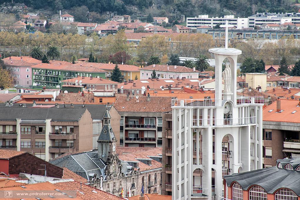 Torrelavega a vista de pájaro - La Virgen Grande, el Ayuntamiento... y hasta la iglesia de Ganzo