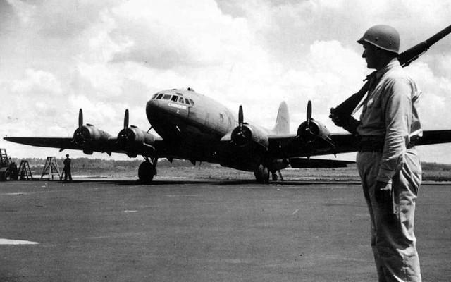 Boeing 307 (C-75)