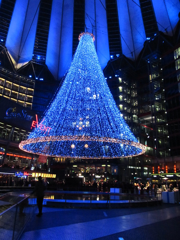 Germany - Berlin - Potsdamer Platz - Inside Sony Centre