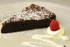 semifreddo, baking, chocolate cake, baked goods, sachertorte, flourless chocolate cake, produce, food, dish, cheesecake, chocolate brownie, cuisine,