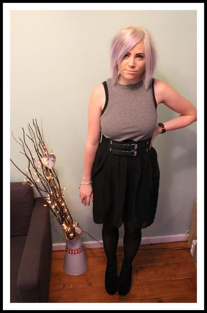 Dip hem dress outfit post
