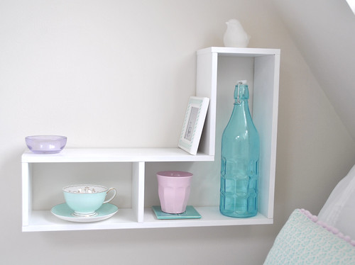 Bedside shelf