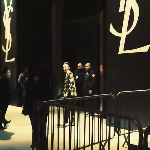 G-Dragon Saint Laurent Show Paris 2015-01-25 Videostills- 6