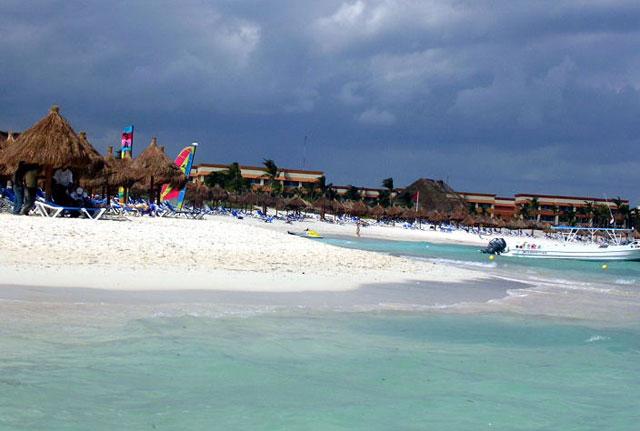 cancun-beach-water