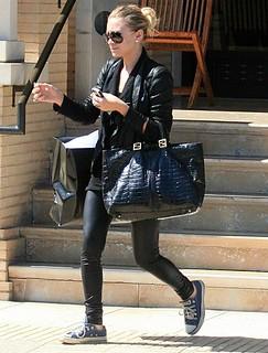Ashley Olsen Converse Celebrity Style Women's Fashion