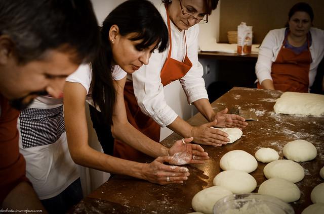 8169093352 98b440a2ac z Poze si impresii de la atelierele de paine din Bucuresti