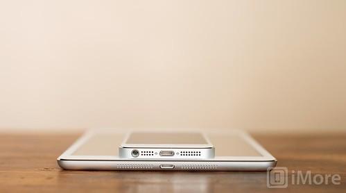 ipad_mini_vs_iphone_1.jpeg