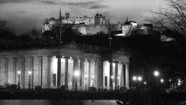 National Gallery of Scotland and Edinburgh Castle