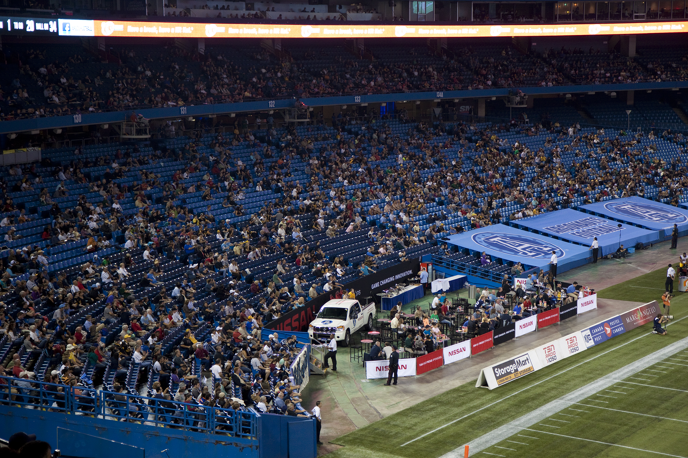 argos crowd