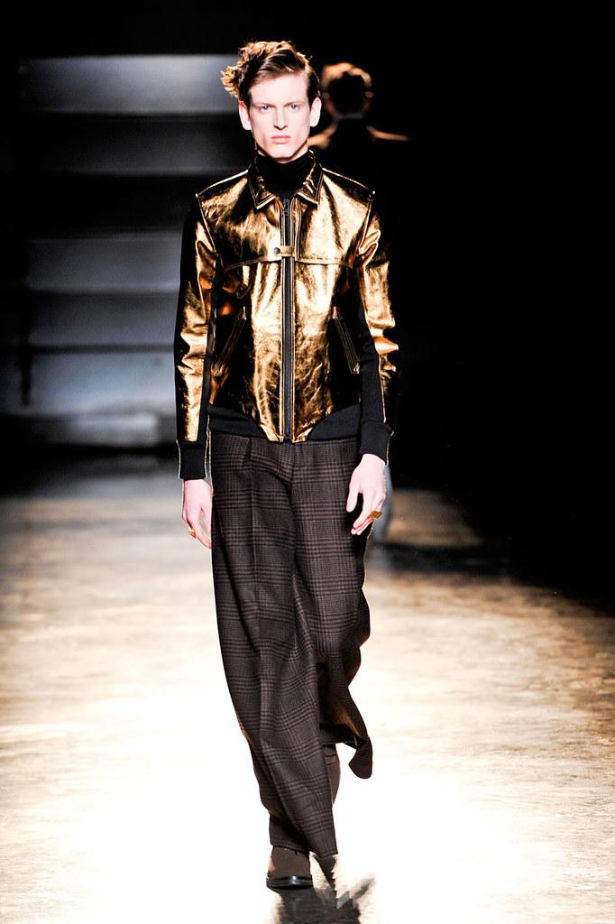 Stefan Lankreijer3016_FW12 Paris John Lawrence Sullivan(fashionising.com)