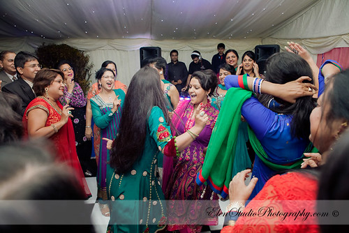 Indian-wedding-photographer-Henna-night-V&A-Elen-Studio-Photograhy-033