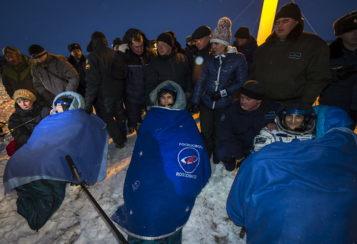 Expedition 33 Soyuz Landing (201211190001HQ)