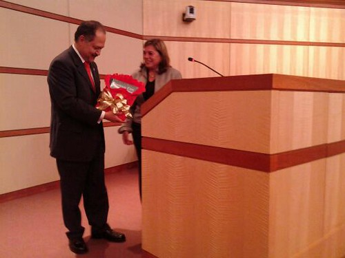 Entrega de reconocimiento al Cónsul General de México en San Francisco