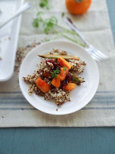 roasted carrot quinoa salad // cranberry chutney