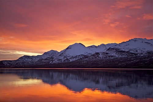 morning winter sea sky mountains reflection sunrise iceland ísland vetur himinn hafið speglun fjöll morgunn sandfell sólarupprás fáskrúðsfjörður faskrudsfjordur jónínaguðrúnóskarsdóttir