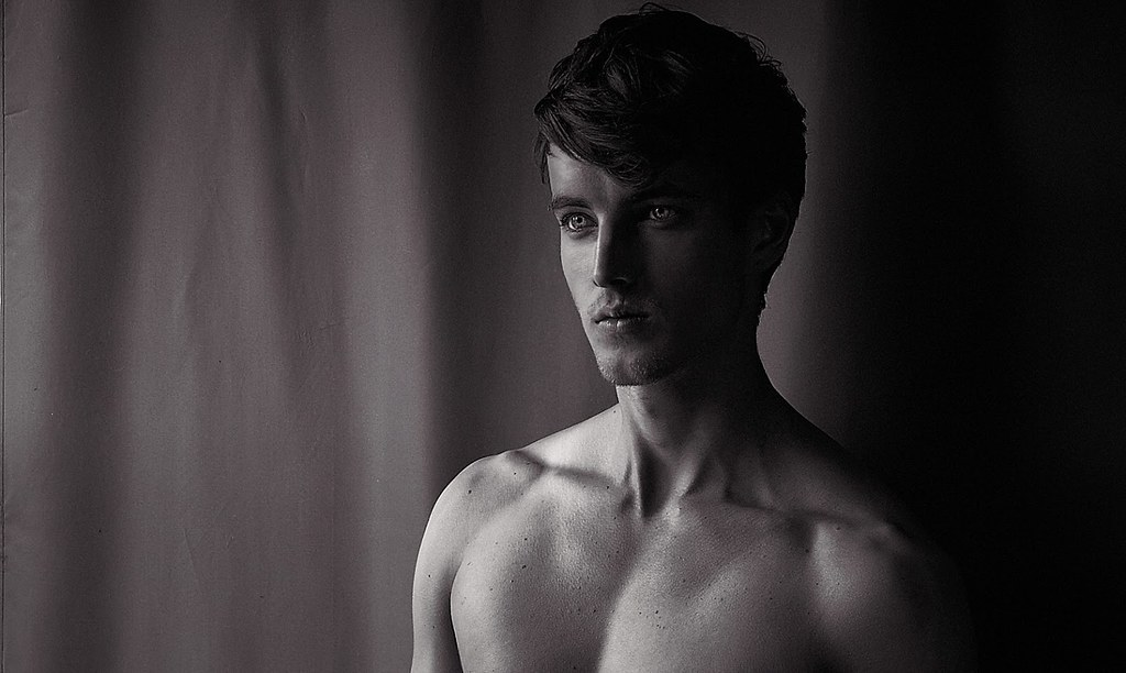 James Smith0152_Ph Joseph Gray(Homme Model)
