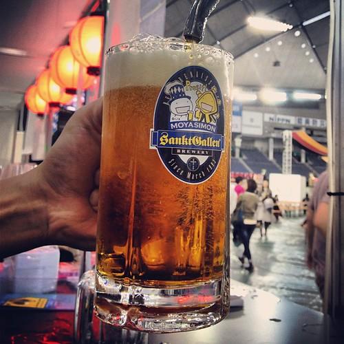 スーパーオクトーバーフェスト明日の最終日、もやしもんグラス、もやしもん瓶ビール、早くに完売が予想されます。何卒ご容赦下さい。