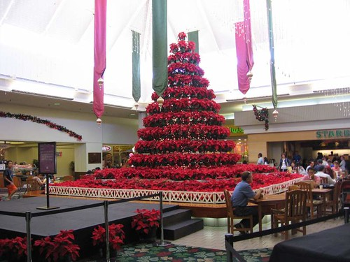 Tower o' poinsettias